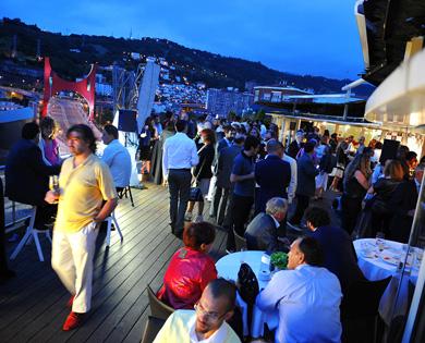 Buenas Vistas Terrace Dómine Hotel Bilbao Turismo